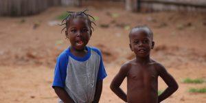 La protection   Protection de l'enfant en situation difficile (enfants)...